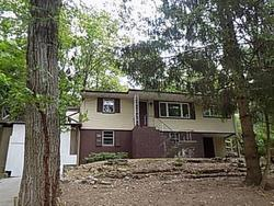 Cedar Tree Dr, Highland Lakes
