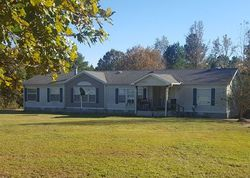 Deer Trail Ln, Florence, AL Foreclosure Home