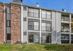 86th St Apt 8, Urbandale