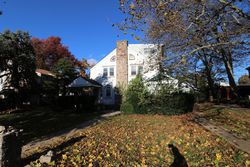 W Freedley St, Norristown