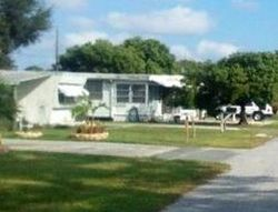 Dixie Ln, Holiday, FL Foreclosure Home