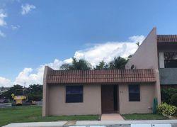 Laredo Pl - Fort Lauderdale, FL