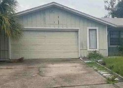 Wexford Dr S, Palm Harbor, FL Foreclosure Home