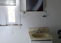 N Rogers St, Klamath Falls, OR Foreclosure Home