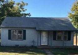 N 5th St, Sayre, OK Foreclosure Home
