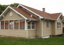 N Webster Ave, Hastings, NE Foreclosure Home