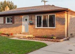 Rosslyn St, Westland, MI Foreclosure Home
