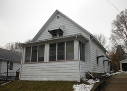20th Pl, Clinton, IA Foreclosure Home