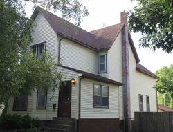 7th Ave S, Clinton, IA Foreclosure Home