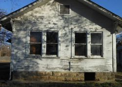 E Archer St, Tulsa, OK Foreclosure Home