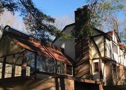 Laura Rd, Hamden, CT Foreclosure Home