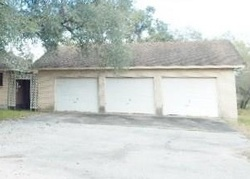 Valley Oaks Dr, Beeville