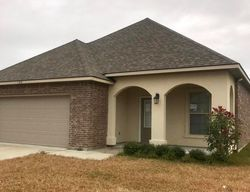 Valcour Pl, Youngsville