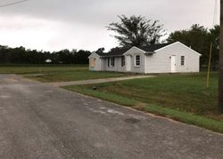 Big Blue Ct, Hopkinsville, KY Foreclosure Home