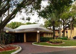 Treehouse Ln Apt 14, Fort Lauderdale