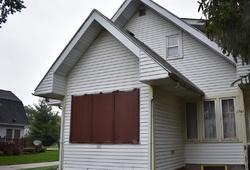 Fayette Ave, Beloit, WI Foreclosure Home
