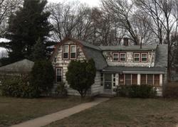 Larrabee St, East Hartford