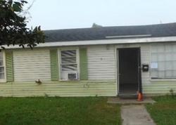 Rose Dr, Gretna, LA Foreclosure Home