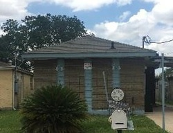 Dubreuil St, New Orleans, LA Foreclosure Home