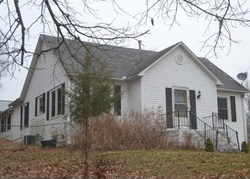 W 14th St, Cassville, MO Foreclosure Home