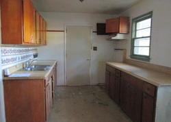 Crouson St, Montgomery, AL Foreclosure Home