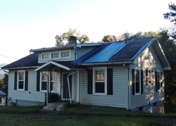 S Watauga Ave, Elizabethton, TN Foreclosure Home