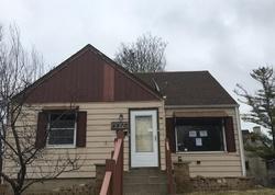 N 41st St, Milwaukee, WI Foreclosure Home