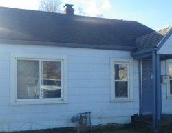 W 18th St, Anderson, IN Foreclosure Home