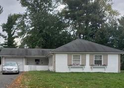 Manor Ln, Willingboro