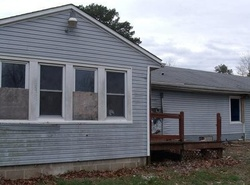 Highway 19, Steelville, MO Foreclosure Home
