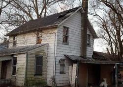 Cottage Pl, Lakewood