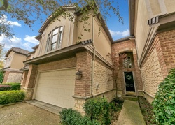 Spyglass Hill Ln, Irving