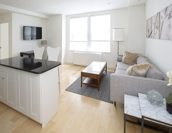 W 51st St Apt 1432, New York