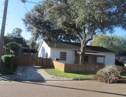 E Loma Vista Ave, Victoria