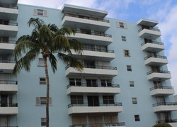 Collins Ave Apt 206, Miami Beach