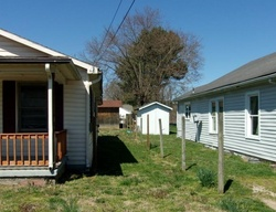 E Fairview Ave, Johnson City