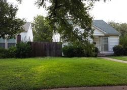 Chestnut St, Abilene