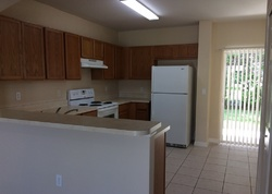 Chipotle Ln, Wesley Chapel, FL Foreclosure Home