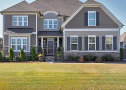 Sharpecroft Way, Holly Springs