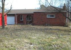 Howell Ave, East Saint Louis, IL Foreclosure Home