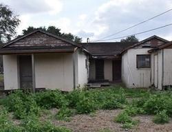 Van Eaton Ave, Raymondville