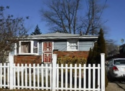 Arlington Pl, Staten Island, NY Foreclosure Home