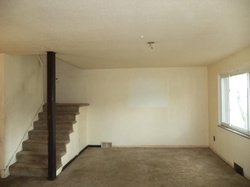 Macassar Dr, Pittsburgh, PA Foreclosure Home