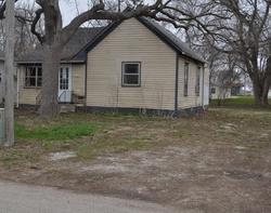 E Sycamore St, Ogden, IA Foreclosure Home