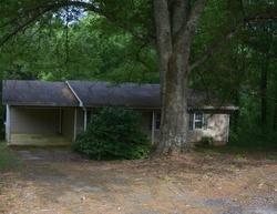 Dennis St, Clarkesville