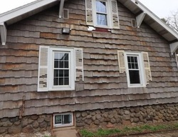Colonial Ave, Waterbury, CT Foreclosure Home