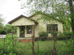 W 28th St, Little Rock, AR Foreclosure Home