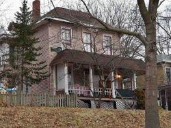 N Woodlawn Ave, Burlington, IA Foreclosure Home