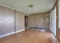 N 21st St, Paducah, KY Foreclosure Home