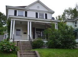 Florida Ave, Chester, WV Foreclosure Home